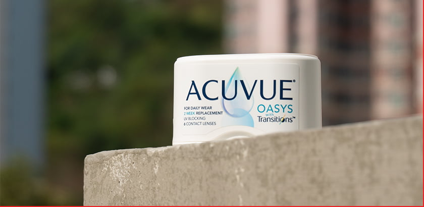 Are Acuvue Oasys Transitions Contact Lenses Worth It?